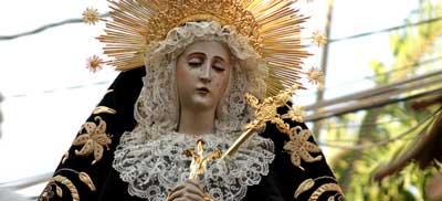 פסל של קדושה מהנצרות